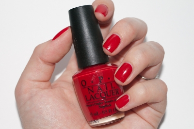 big-apple-red-opi-nail-polish