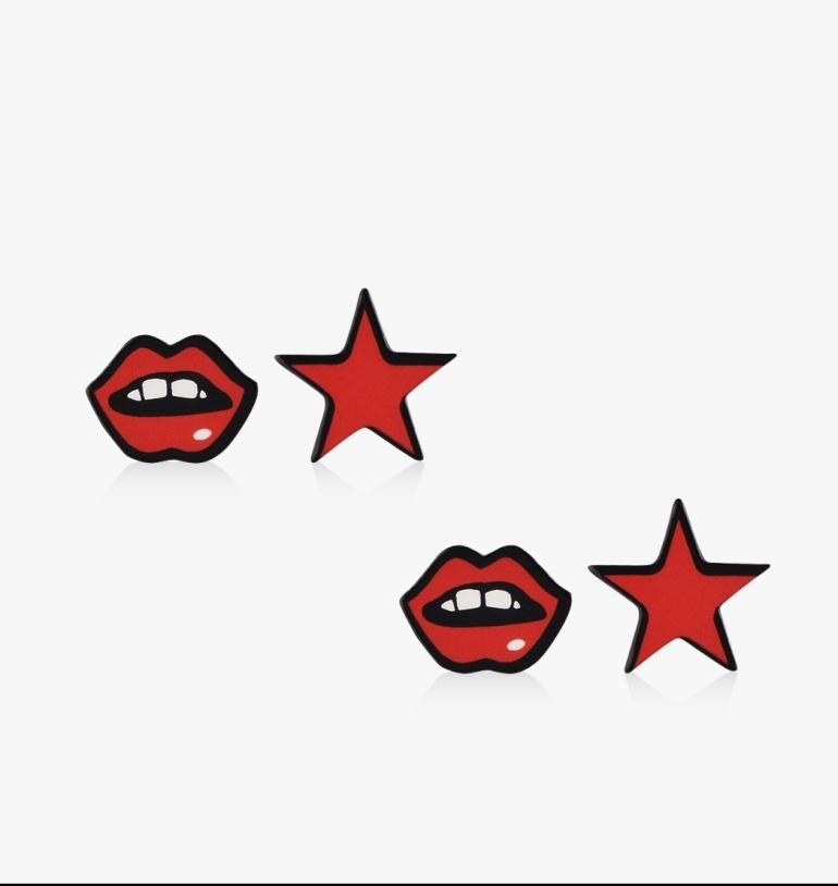 eristona-lips-stars-earrings