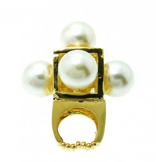 pearl-dome-ring-style-fiesta